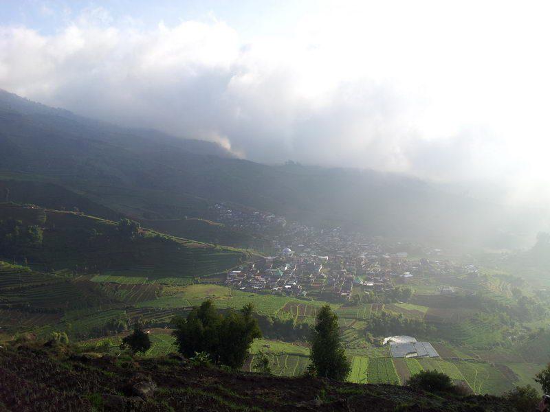Hari 1 : Liburan ke Dieng ( Kawah Sileri, Telaga Merdada, Telaga Warna, Museum Kaliasa )
