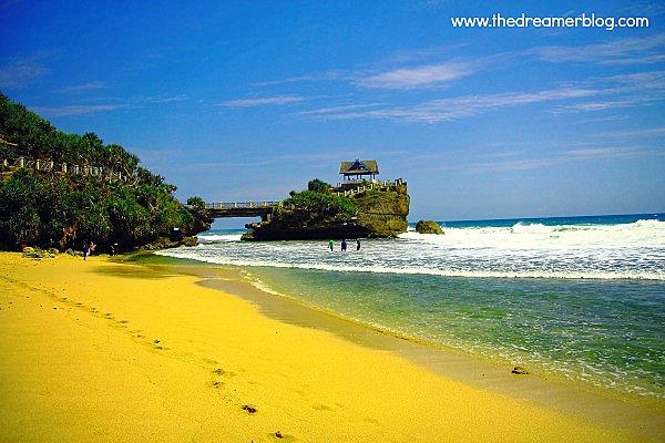 Trip Ceria ke Pantai Selatan Yogyakarta ( Baron, Kukup, Pok Tunggal, Indrayanti, Sundak, dll)