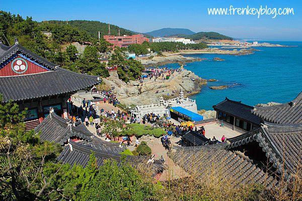 View Yonggungsa Temple dari atas