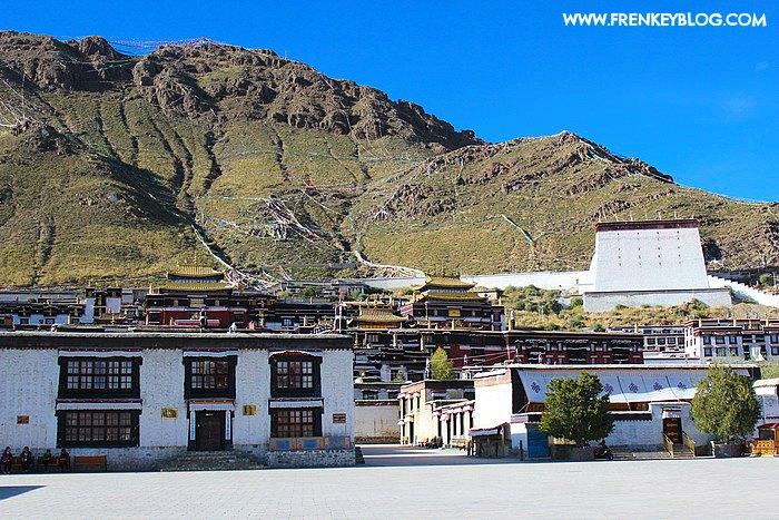Hari 8 : Cerita Perjalanan 6 jam dari Lhasa ke Shigatse dengan Mobil