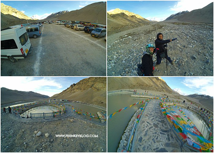 Suasana Sekitar Area Perkemahan Rongbuk, Background nya Gunung Everest!