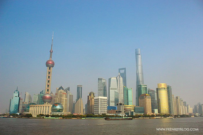 The Bund Shanghai di Siang Hari