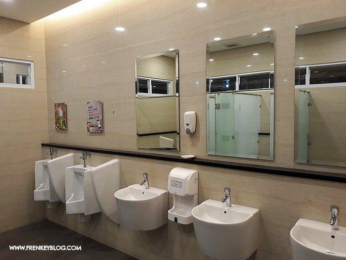 Toilet Bersih Pasar Ah Poong