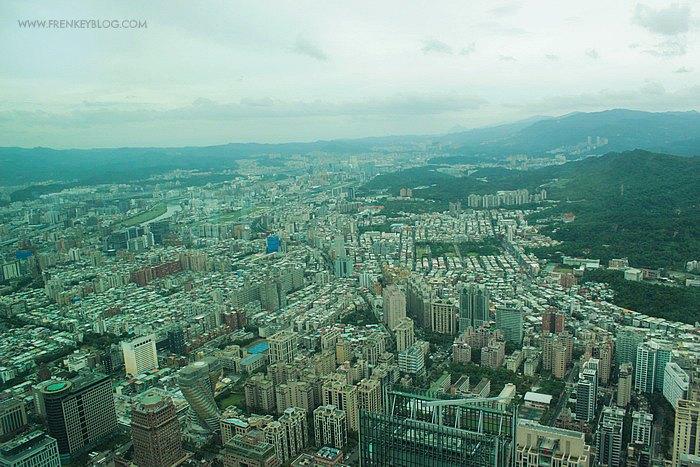 Pemandangan Kota Taipei dari Area Observatory